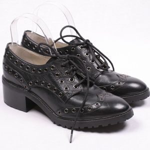 MICHAEL KORS Leather Black Grommet Heel Oxfords 8
